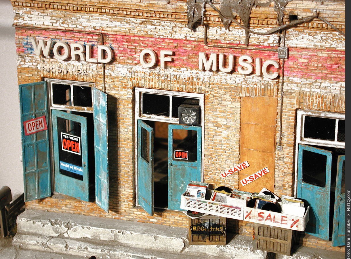 Record Shop «World of Music» • 1:48 • Primo A. Prile